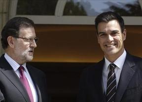 Sánchez, por delante de Rajoy como líderes, al revés que en la valoración de sus partidos