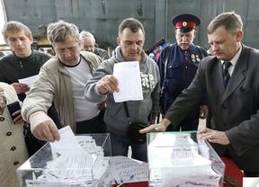 Donetsk, como Crimea, da el primer paso para salir de Ucrania y abrazar a la 'Madre Rusia'