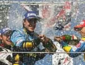 Alonso, campeón del mundo por segunda vez en el día de la retirada de Schumacher
