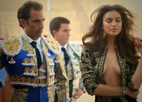 Irina Shayk echa un capote a la 'marca España' con su último posado