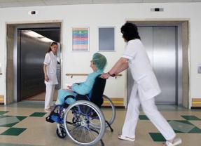 Y tras las ambulancias de pago, se confirma que las sillas de ruedas costarán 20 euros y las muletas, 30
