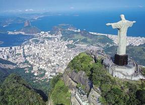 Río de Janeiro multará por tirar basura a las calles