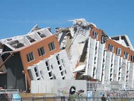 Vigilias y misas conmemoran devastador terremoto