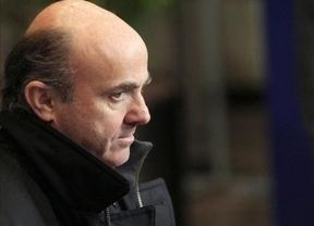 Guindos podría ir en un 'segundo plato' de la crisis de Gobierno ante los últimos movimientos del PP en Europa