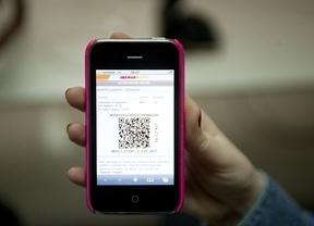 Los viajeros apuestan por el papel: el 66% prefiere la tarjeta de embarque impresa a la digital