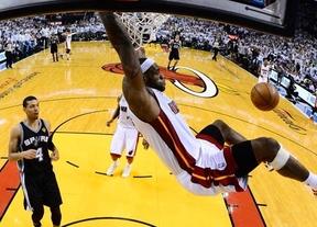 Repetición de la jugada: Miami Heat y San Antonio Spurs se citan de nuevo en la finalísima de la NBA