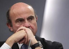 De Guindos cree que el déficit podría ser incluso superior del 8% pero intentará no tocar el IVA