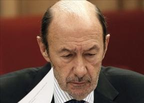 Rubalcaba acabó enfermo su difícil fin de semana: el PSOE pide aplazar el pacto con el PP para renovar el Poder Judicial