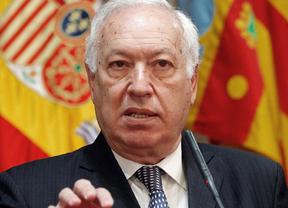 Margallo carga contra Zapatero por su