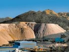 Petroleras y mineras deberán declararlas divisas en el país