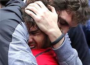 Gasol-Nadal: el abrazo del éxito y el esfuerzo frente a la ofensa de los guiñoles franceses