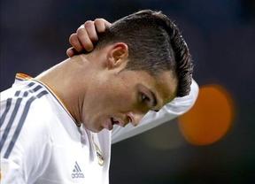 Cristiano Ronaldo tiene una lesión muscular que podría borrarle de la final de Copa y de la ida de semifinales de Champions