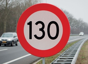 Más de la mitad de los conductores apoya la subida de la velocidad hasta 130 km/h en algunos tramos