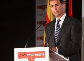 El Príncipe Felipe se reúne con los jóvenes empresarios; engranaje primordial de la economía española