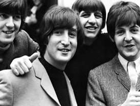 Los Beatles se aburrieron en reunión con Elvis