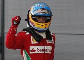 Alonso sigue en un momento dulce y glorioso: logra una pole 'milagrosa' en el mítico Silverstone