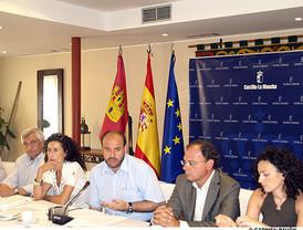 Un sector de los socialistas madrileños se levantan contra Zapatero y Blanco