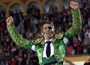 El héroe Padilla reaparece por la Puerta Grande de Olivenza... y de la Fiesta