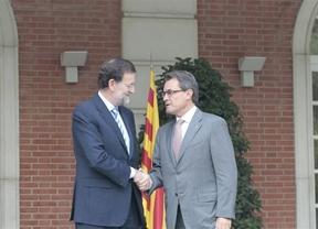 Rajoy y Mas vuelven a mostrarse abiertos al diálogo, pero siguen sin dar el paso