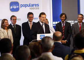 Rajoy asegura que con su Gobierno se garantiza la permanencia en Europa