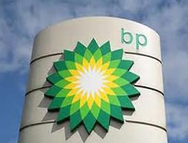 EE.UU. demanda a BP y otras firmas por el peor desastre ecológico en ese país