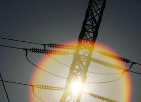 ¿Habrá subida de la luz?: El Supremo falla a favor de las eléctricas y obliga a compensar los peajes