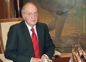 El Rey se 'escapa' el día del 'huelgazo' a Bosnia para inaugurar la Plaza de España