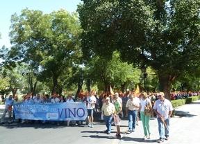 Los viticultores de Castilla-La Mancha protestan contra las medidas por el excedente de vino