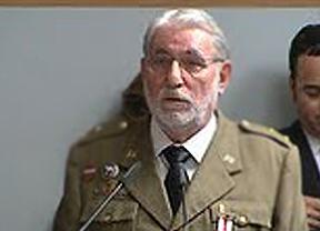 Rajoy pone a Morenés a marcar el paso
