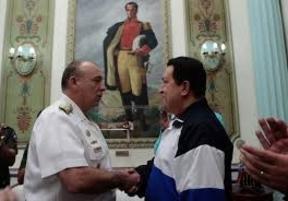 El ministro de defensa venezolano anuncia el despliegue del Ejército