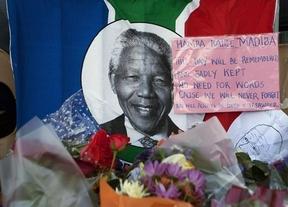 Sudáfrica se vuelca para despedir a Nelson Mandela