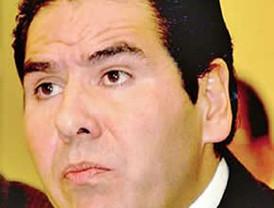 Llega Hugo Sánchez a España para dirigir al Almería