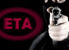 ETA podría estar planeando su disolución y entrega de armas a cambio de beneficios para sus presos