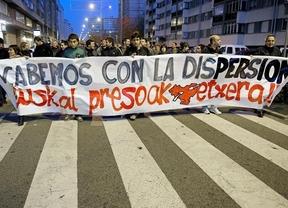 Miles de personas se manifiestan en Bilbao por el acercamiento de los