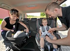 El 62% de los padres españoles no instala correctamente la silla de coche para niños, según BMW