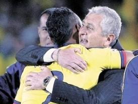 Eduardo Lara se despide de las selecciones juveniles