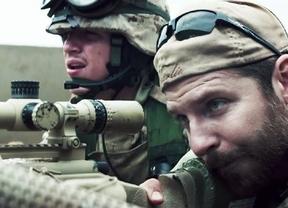 Michael Moore carga contra Clint Eastwood por glorificar a los francotiradores