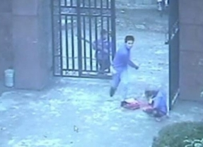 Un perturbado por las leyendas del fin del mundo ataca a 23 niños con un cuchillo en China