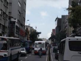 Ecuador acuerda venta de buses y taxis a Venezuela