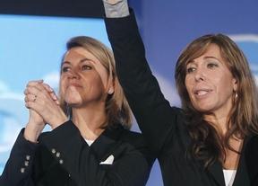 Para Cospedal la foto de los 'Beatles' del PSOE es volver al