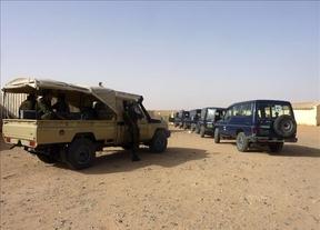 Más de 100 cooperantes españoles se encuentran retenidos en el aeropuerto de Argel sin poder volar a Tinduf