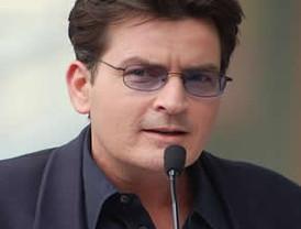 Sheen gastó medio millón de dólares en mujeres y enervantes