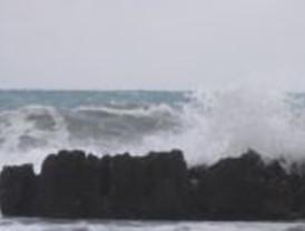 Un total de 31 provincias, entre ellas Murcia, activan este lunes la alerta por viento, nieve o fuerte oleaje