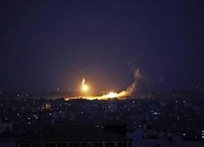Noche de combates en Gaza tras el inicio de la ofensiva terrestre del Ejército israelí