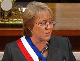 Opositores acusan a Chávez de