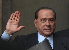 Berlusconi comienza a cumplir sus servicios a la comunidad cuidando a otros ancianos