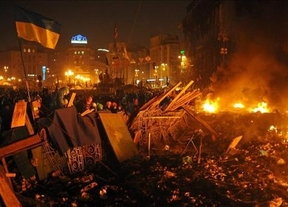 Varias explosiones y disparos ponen fin a la tregua en Kiev