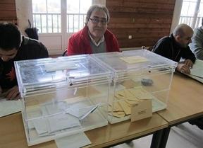 Las cartas están echadas: comienzan las votaciones en Euskadi y Galicia