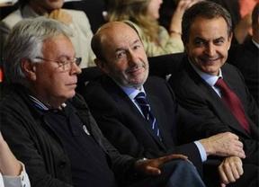 Valenciano se rodea de González, Zapatero y Rubalcaba en su puesta de largo al 25M