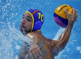 El waterpolo masculino español pasa a cuartos tras caer ante Italia